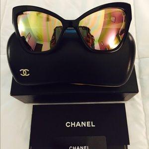 AUTHENTIC Chanel Cat Eye Sunglasses reflective
